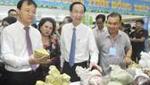 Theo Phó Chủ tịch Thường trực UBND TPHCM Lê Thanh Liêm, Hội nghị ngày càng thiết thực, đi vào chiều sâu, tạo điều kiện tốt nhất cho các DN trao đổi tăng cường hợp tác đầu tư giữa TPHCM và các tỉnh, thành