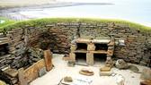 Khu định cư thời kỳ đồ đá mới ở Skara Brae, quần đảo Orkney,  chỉ còn cách Bắc Đại Tây Dương vài mét. Ảnh: REUTERS