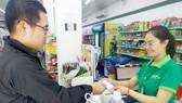 Saigon Co.op bán nước đóng chai với giá vốn tại Hà Nội