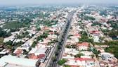 Quốc lộ 22 đoạn qua thị trấn Củ Chi, TPHCM. Ảnh: THÀNH TRÍ