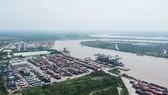 Một góc Cảng Tân Cảng Phú Hữu. Ảnh: CAO THĂNG