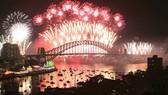 Bắn pháo hoa tại Cầu cảng Sydney