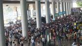 Khách qua sân bay Tân Sơn Nhất, Nội Bài dịp tết tăng kỷ lục