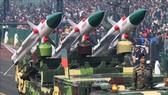 Tên lửa đất đối không Akash tại một lễ diễu binh ở New Delhi, Ấn Độ ngày 23-1-2019. Ảnh: TTXVN