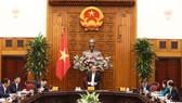 Phó Thủ tướng Thường trực Trương Hòa Bình phát biểu tại buổi làm việc. Ảnh: VGP