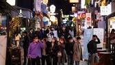Làn sóng lây nhiễm Covid-19 thứ 2 có thể xảy ra tại Hàn Quốc sau khi số lượng các ca lây nhiễm bất ngờ tăng mạnh. Ảnh: BLOOMBERG