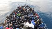 Giải cứu hàng trăm người nhập cư ở vùng biển Libya