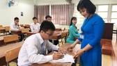 Ứng viên tham gia vòng thi  thực hành xét tuyển giáo viên  vào các trường THPT ở TPHCM năm học 2019-2020