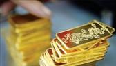 Vàng SJC giảm 1,35 triệu đồng/lượng