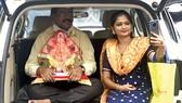 Người dân Ấn Độ ở thành phố Mumbai  khoe tượng Thần Ganesha tự tạo