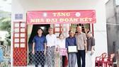 """Trao tặng nhà """"Đại đoàn kết"""" tại xã Đức Bình, huyện Tánh Linh và huyện Phú Quý, Bình Thuận"""