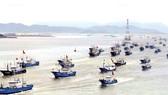 Tàu cá Trung Quốc tràn ra Biển Đông