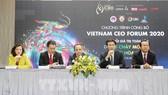 Ban tổ chức chủ trì phiên thảo luận công bố CEO Forum 2020. Ảnh: TTXVN