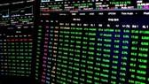 Sắc xanh bao phủ thị trường tài chính