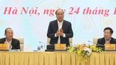 Thủ tướng Nguyễn Xuân Phúc phát biểu kết luận hội nghị. Ảnh: VIẾT CHUNG
