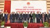 Thủ tướng Nguyễn Xuân Phúc và các đại biểu dự Hội nghị. Ảnh: VGP