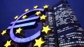 Ngân hàng Trung ương châu Âu (ECB) cũng đang có kế hoạch tung ra đồng EUR. Nguồn: REUTERS