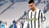 Ronaldo thất vọng rời đấu trường Champions League mùa này