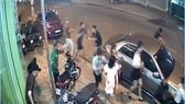 Đánh nhau sau khi hát karaoke, 2 người chết, 3 người bị thương