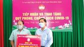 Công ty TNHH MTV Xổ số kiến thiết tỉnh Đồng Tháp chung tay hỗ trợ phòng, chống dịch Covid-19