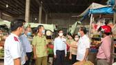 Các ngành chức năng tỉnh Hậu Giang kiểm tra tình hình dự trữ, cung ứng hàng hóa ngày 21-5