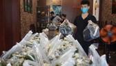 Hàng trăm suất cơm chuyển đến lực lượng tuyến đầu  chống dịch ở quận Gò Vấp