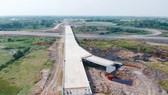 Đẩy nhanh thi công cao tốc Mỹ Thuận - Cần Thơ