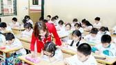 Tăng thu nhập, bảo đảm vị thế xã hội cho giáo viên