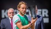 Pouille lên ngôi Mercedes Cup