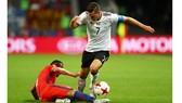 Đức và Chile đứng trước cơ hội giành chức vô địch Confederations Cup đầu tiên.