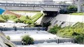 Người dân rất bức xúc trước tình trạng ô nhiễm của kênh Ba Bò