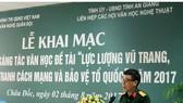 Đại tá Nguyễn Bình Phương - Tổng Biên tập Tạp chí Văn nghệ Quân đội khai mạc trại sáng tác. Ảnh: tuyengiaoangiang