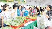 Chợ phiên nông sản lần 2-2017