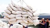 Hỗ trợ doanh nghiệp sản xuất để giữ vững thị phần xuất khẩu