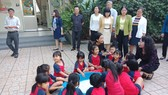 Thứ trưởng Bộ GD-ĐT Nguyễn Thị Nghĩa đã thăm và làm việc tại Trường Mầm non Mặt trời nhỏ (quận Bình Tân, TPHCM). Nguồn: Fb Trường Mầm Non Mặt Trời Nhỏ