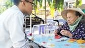 Hoạt động bói toán diễn ra công khai tại Lăng Ông  (quận Bình Thạnh)