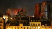 Vụ cháy Nhà thờ Đức Bà Paris: Thế giới chung tay phục dựng cùng nước Pháp