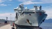 Tàu hải quân Canada cập cảng quốc tế Cam Ranh