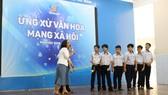 """Trung tâm Hỗ trợ HS-SV TPHCM tập huấn chuyên đề """"Ứng xử văn hóamạng xã hội"""" dành cho học sinh"""