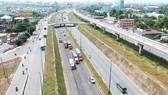 Nút giao thông Đại học Quốc gia TPHCM vừa thông xe,  giúp cửa ngõ phía Đông thành phố thông thoáng vào cuối năm. Ảnh: CAO THĂNG
