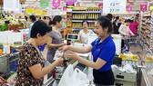 Tặng quà tết cho khách hàng là chương trình thường niên  của nhà bán lẻ Saigon Co.op