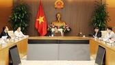 Phó Thủ tướng Vũ Đức Đam chủ trì cuộc họp sáng 13/11 của Ban Chỉ đạo quốc gia phòng, chống dịch Covid-19. Ảnh: VGP