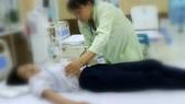 9 học sinh ngộ độc sau khi uống nước ngọt miễn phí