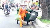 Có trách nhiệm hơn với công nhân vệ sinh môi trường