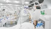 Cán bộ, nhân viên y tế tử vong khi chống dịch: Xứng đáng được công nhận là liệt sĩ