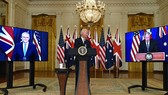 Từ trái sang: Thủ tướng Australia Scott Morrison, Tổng thống Mỹ Joe Biden và Thủ tướng Anh Borris Johnson trong cuộc họp báo trực tuyến về an ninh quốc gia, ngày 15-9