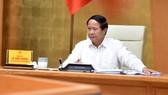 Phó Thủ tướng Lê Văn Thành: Phục hồi sản xuất nhưng tránh để xảy ra ổ dịch trong khu công nghiệp. Ảnh: VGP