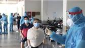 Số ca nhiễm Covid-19 tại TPHCM từ ngày 27-4 đế nay đã tăng lên 961 ca. TPHCM đang có hơn 7,2 triệu người cần tiêm phòng Covid-19. Ảnh: HCDC.