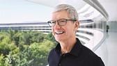 Ở thời điểm Cook đảm nhận vị trí CEO từ Steve Jobs vào cuối tháng 8.2011, Apple có vốn hóa thị trường 349 tỉ USD nhưng nay con số này là 2.500 tỷ USD. Ảnh: iclarified.com.