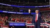 """Bầu cử Mỹ: """"Vết xe đổ"""" của đảng Dân chủ và nước cờ khôn khéo của TT Trump"""